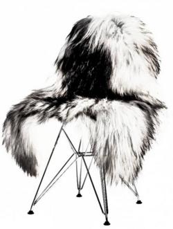 peau de mouton d'Islande gris tacheté - La Maison d'Anna G